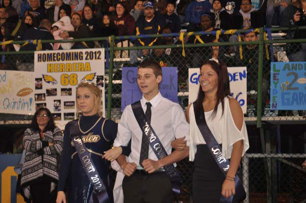 homecoming_game0824