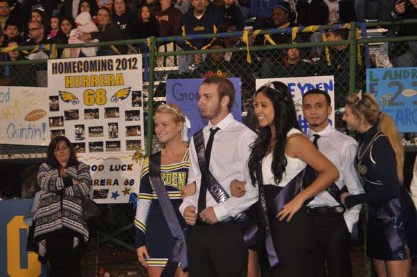 homecoming_game0827