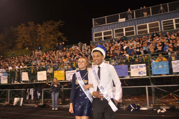 homecoming_game0840