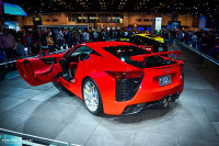 Lexus LFA shown off in different colors