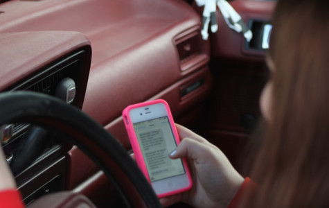 New Law Forces Illinois Drivers To Put Down Phones